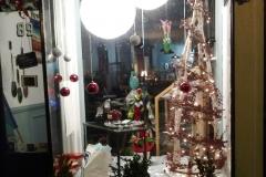 2016 Holiday Windows-Corina
